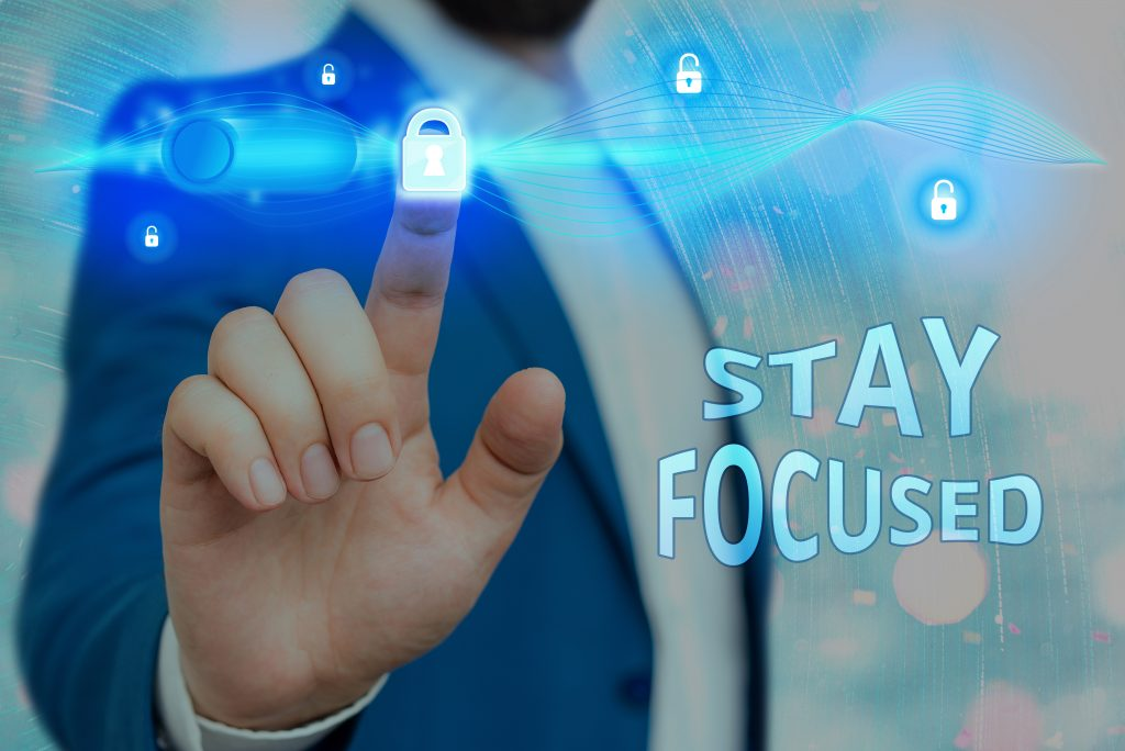 stay focused from distractions in the workplace